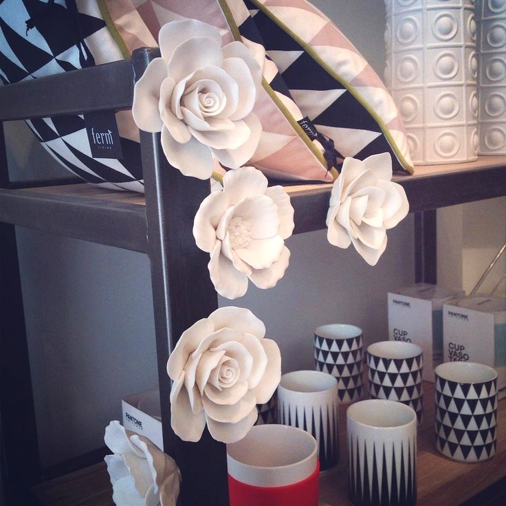 HOME is a home decor boutique on East Passyunk Ave that sells pieces from Dwell Studio and Ferm Living, and has such pretty decor for Spring.  #visitphilly #phillyaphrochic