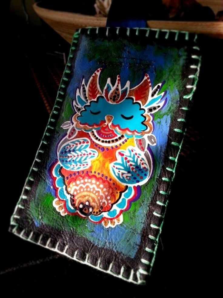 """Hand-painted leather cover up for mobil phone. Husa telefon """"Little Owl"""""""