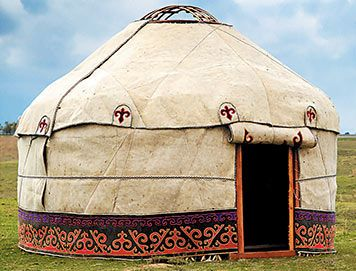 Gers are traditional Mongolian homes and have been in Ulaanbaatar since the century easily portable rounded wooden structures covered by a heavy felt ... & 19 best yurts images on Pinterest | Dorm rooms Yurts and Mongolia