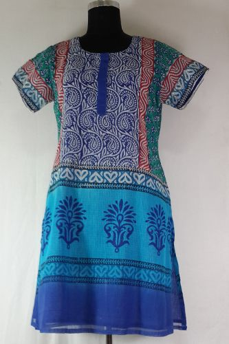 Block Printed Cotton Kurti, Block Printed Kurti, Fully Lined, Teamed up with Contrast Leggings or Salwar.
