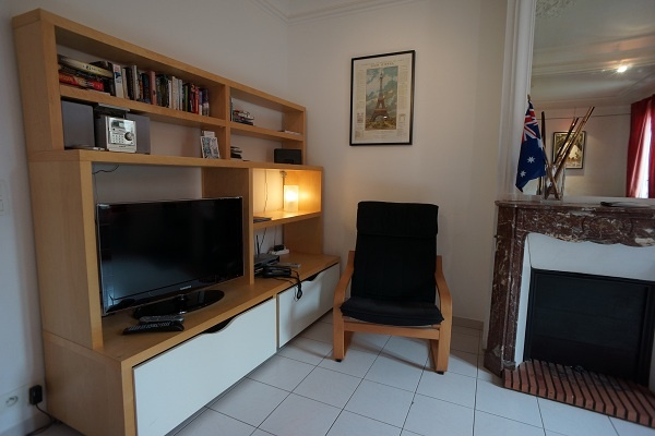 Valmy apartment..