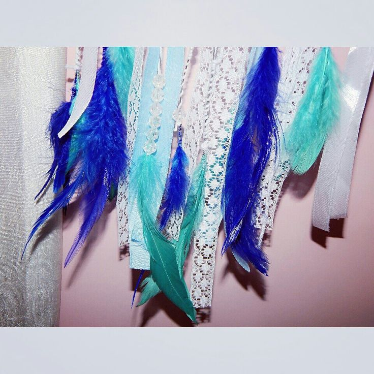 Blue feather dream catcher diy