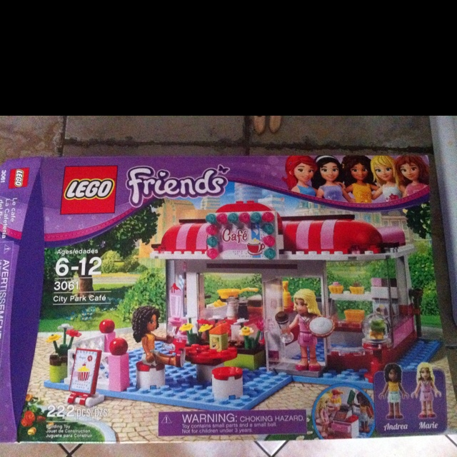 Girl Lego sets! FINALLY...YES! Just saw these at Target. Pumped.