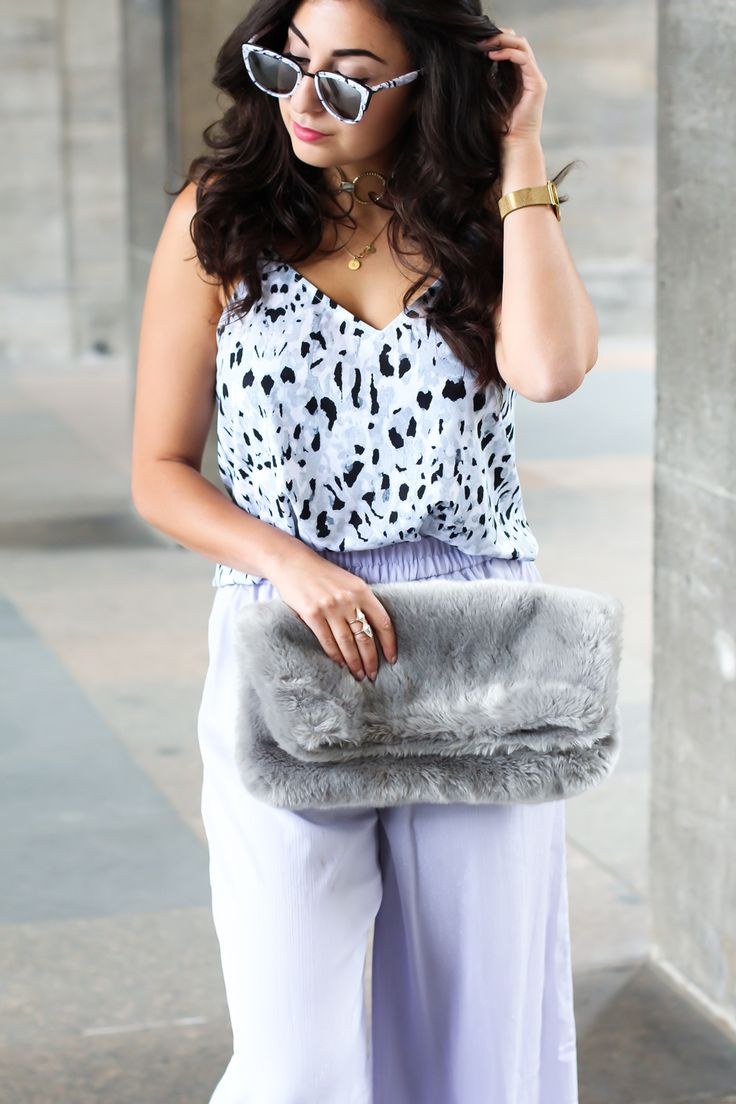 lilac palazzo pants wide troursers mango strappy top combine sandals fluffy bag topshop chic preppy summer streetstyle berlin look berlinstyle fashion blogger germany berlin samieze