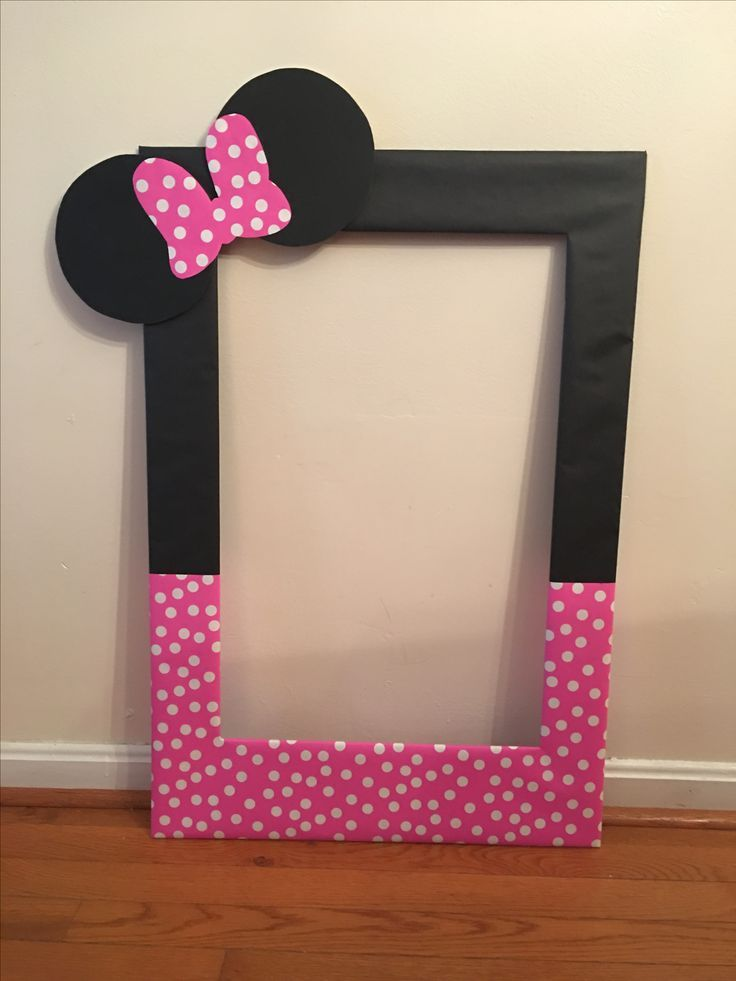 diy photo frame prop | My diy photo booth prop frame for Averys second birthday! Minnie Mouse ...