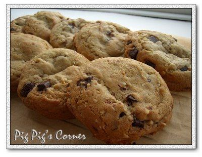 Almost Ben's Cookies #reduce brown sugar to 1cup #freeze cookie dough balls and bake before eating, crispy exterior but cakey interior