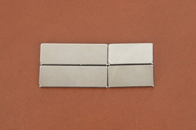 Magnet for leather craft, The square magnet (very strong magnet)  -LTPMLT-826 by VACHETA on Etsy #leather #leathercraft #magnet #magnets