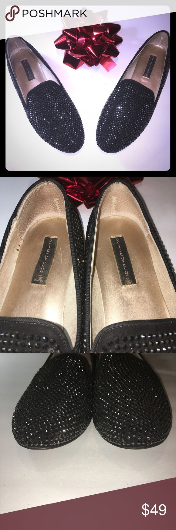 Black Studded Rhinestone Flat Size 11  Shoes Steven by Steve Madden  Black Rhinestone Bling Flats These shoes seem to shimmer and sparkle in the light Women's  Size 11 M Shoes Madee Slip-On Worn only a few times Steven By Steve Madden Shoes Flats & Loafers