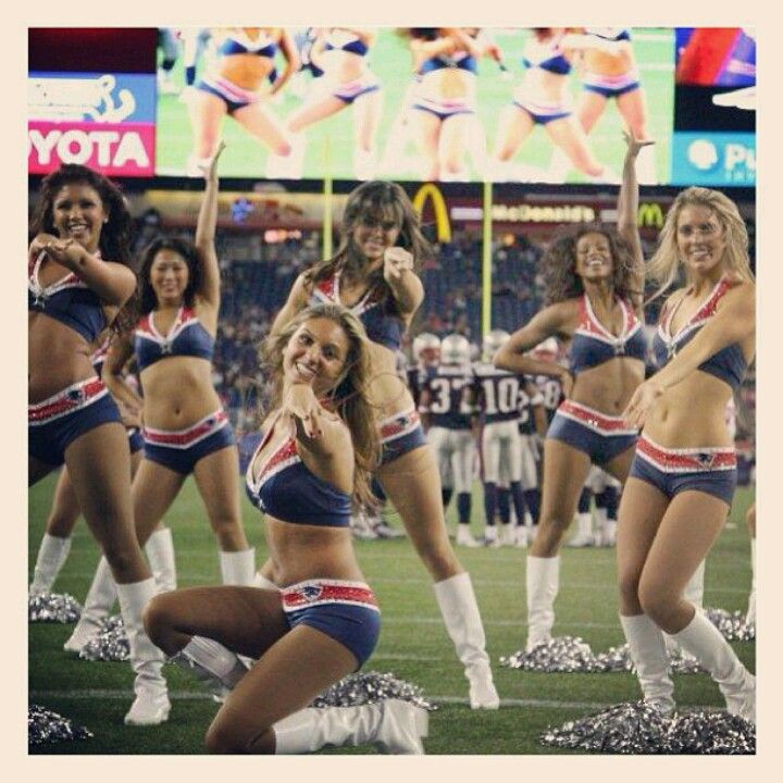 New England Patriots Cheerleaders https://www.fanprint.com/licenses/new-england-patriots?ref=5750