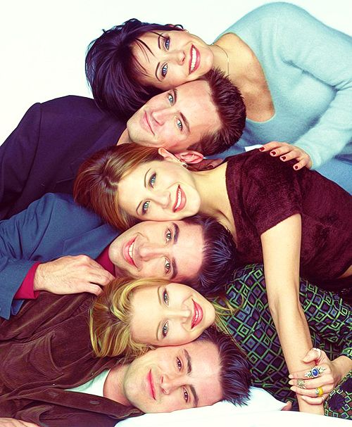 F.R.I.E.N.D.S | FRIENDS | Courteney Cox (Monica Geller), Matthew Perry (Chandler Bing), Jennifer Aniston (Rachel Greene), David Schwimmer (Ross Geller), Lisa Kudrow (Phoebe Buffay) & Matt LeBlanc (Joey Tribbiani)
