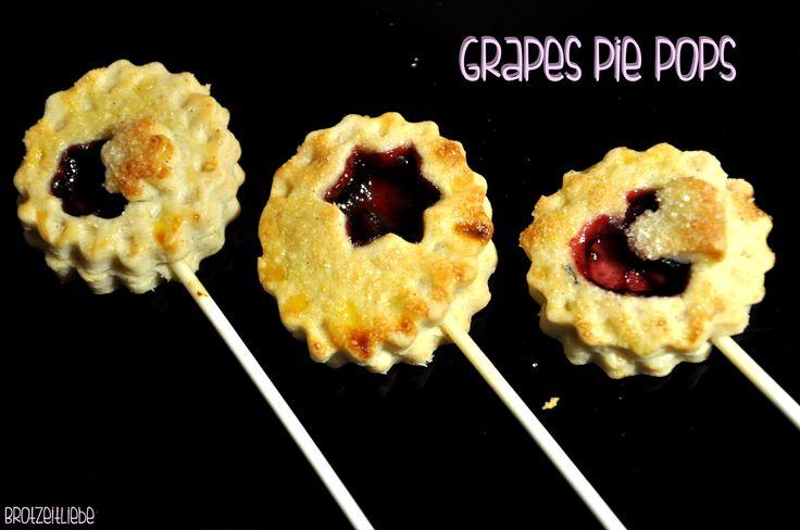 Grapes Pie Pops