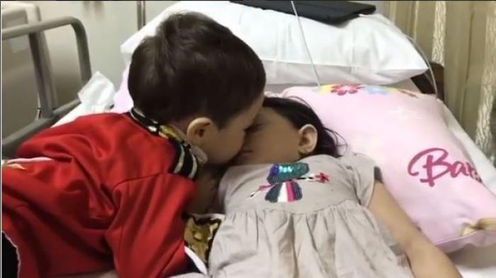 Lucu! Bak di Negeri Dongeng, Baby El Kenakan Pakaian Pangeran Kecup Arsy Saat Tidur