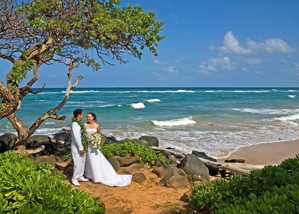 16 best images about kauai beach weddings on pinterest for East coast beach wedding locations