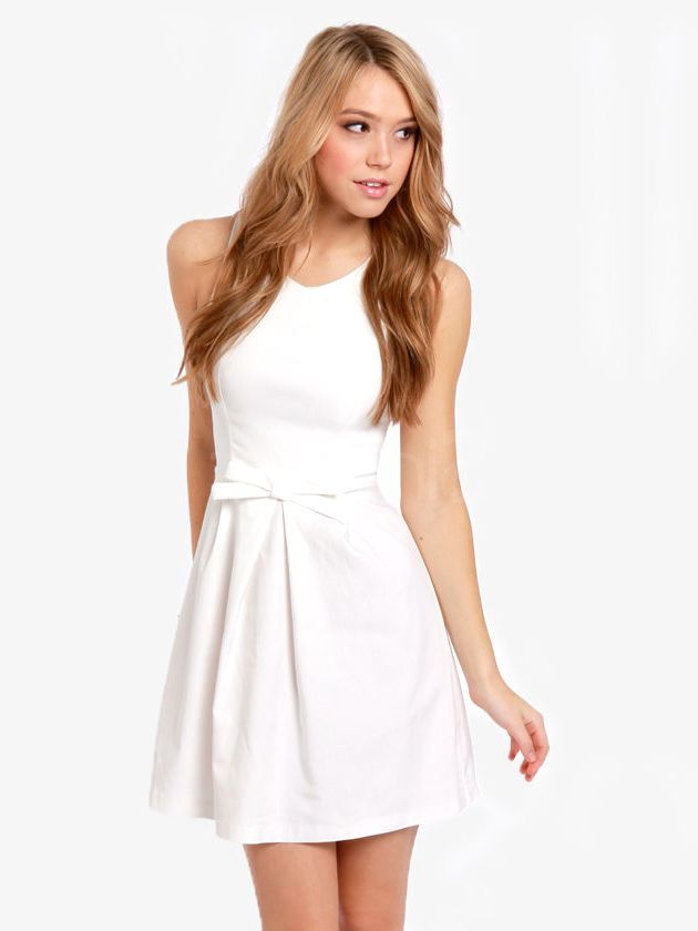 Trendy White Graduation Dresses for College