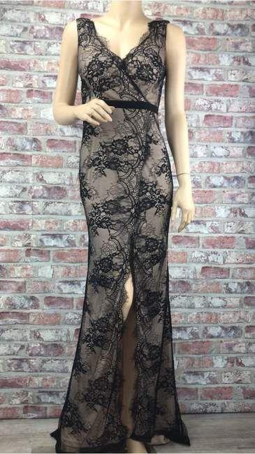 Dlhé spoločenské čierne šaty s odhaleným chrbtom  ac887fca716