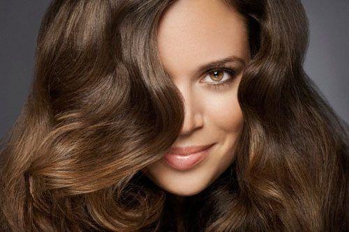 Il nostro cuoio capelluto è formato da circa 100.000 ciocche di capelli di cui ogni giorno...