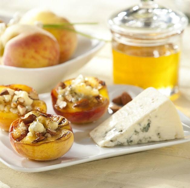 Peaches Castellano Recipe using Oregold® Peaches (http://www.harryanddavid.com/gifts/store/item____fresh-fruit-gift_peach-gifts_30)