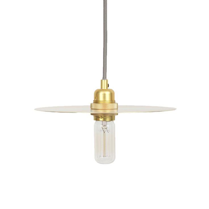 Circle lampskärm medium, mässing – Frama – Köp online på Rum21.se