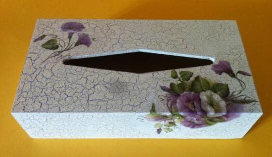 caja pañuelos  caja madera,pintura,papel craquelado,decoupage