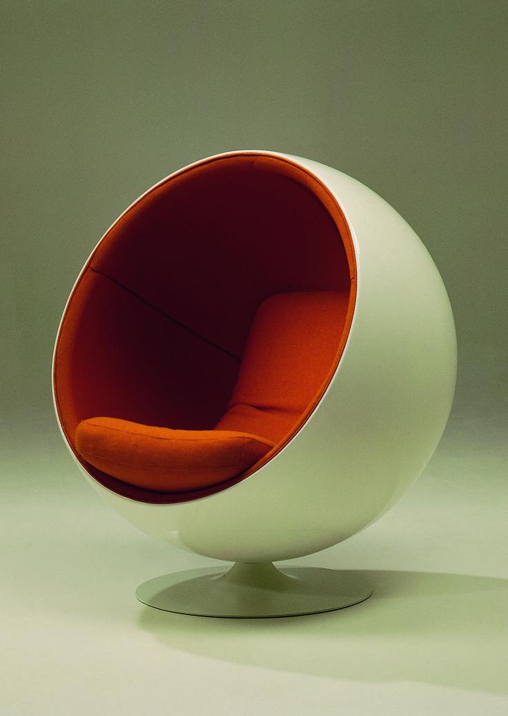 Roche Bobois' Ball armchair | 1960
