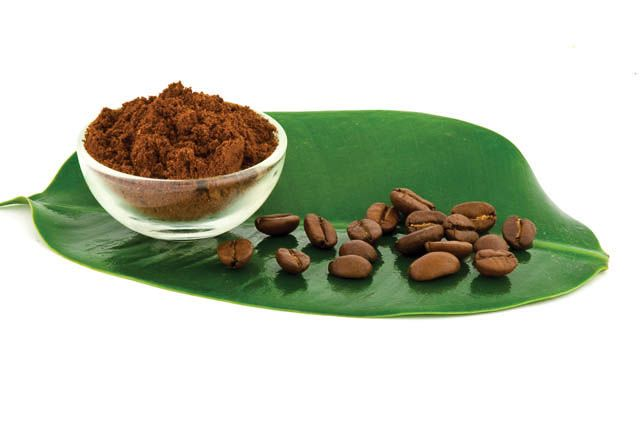 Come fare uno scrub naturale per il corpo al caffè - per avere una pelle liscia emorbida senza ricorrere a prodotti acquistati ecco la ricetta dello scrub al caffè