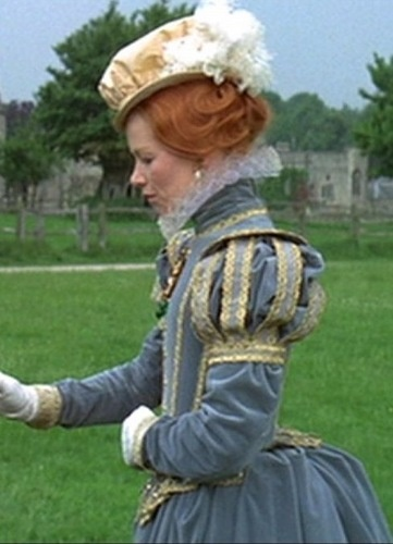"Glenda Jackson was so convincing as Queen Elizabeth I in ""Elizabeth R"" that she reprized her role in ""Mary, Queen of Scots"", starring Vanessa Redgrave, also made in 1971."