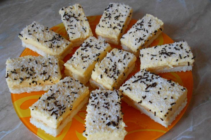 Prajitura Raffaello - http://1000reteteculinare.com/recipe/prajitura-raffaello/