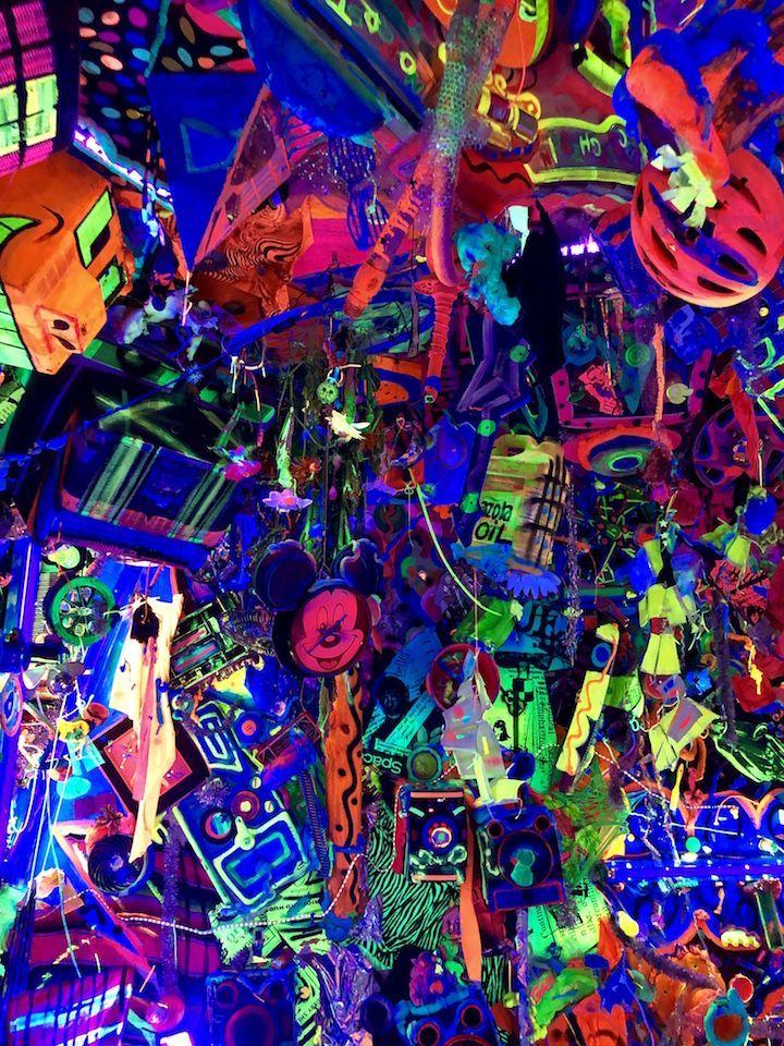 Kenny Scharf Street Art Nyc In 2020 Kenny Scharf Street Art New York Art