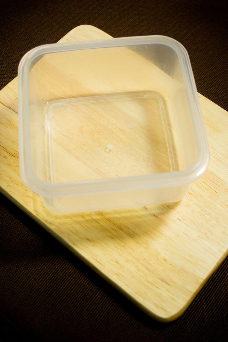 Te comparto mi secreto para eliminar por completo las manchas de los contenedores o tuppers de plástico.