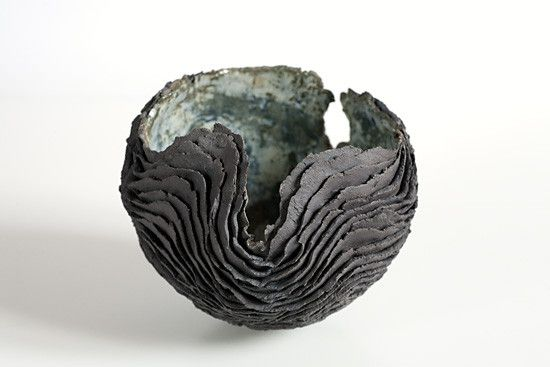 Isabelle leclercq forming clay by hand pinterest pottery pottery art and ceramics - Isabelle leclercq ...