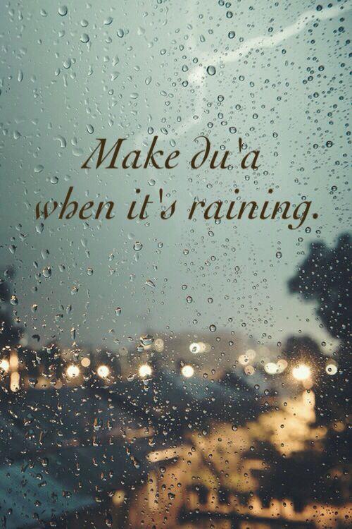 """Allahumma shoyyiban nafi'an"" [ yaa Allah turunkanlah pada kami hujan yang bermanfaat ] (HR. Bukhari no. 1032)"
