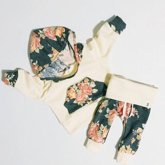 traje de chica de bebé / baby ropa de chica / floral impresión