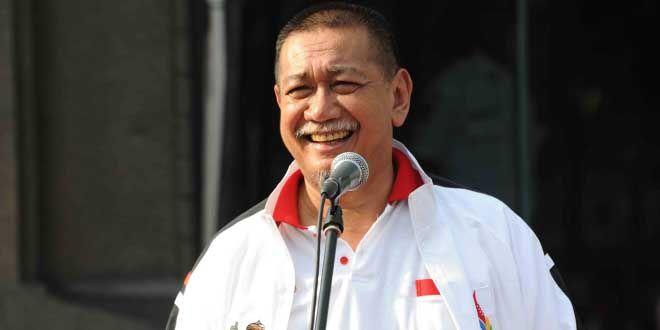 Edupost.id – Wakil Gubernur Jawa Barat, Deddy Mizwar mengapresiasi warganya yang telah berhasil membaca Al Qur'an 20 kali sehari dalam kegiatan khataman Gema Quran ke-2 yang digelar Masjid Al-Kautsar…