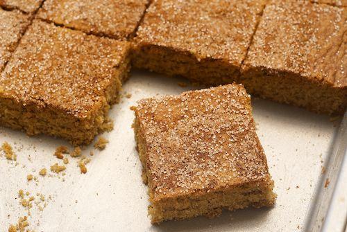 Snickerdoodle Bars...yummm!: Baking Make Cak, Favorite Cookies, Cinnamon I Snickerdoodles, Cookies Transformers, Snickerdoodles Bar, Recipes Cookies Brownies Bar, Bar Recipes, Bar Form, Recipes Cookiesbrowniesbar