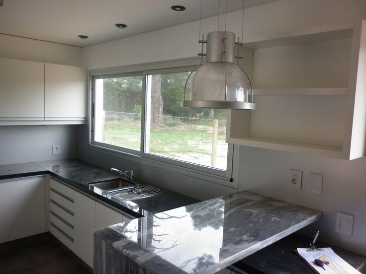 25 best ideas about ventanas de aluminio modernas on pinterest puertas de aluminio modernas - Tiradores de puertas de cocina ...