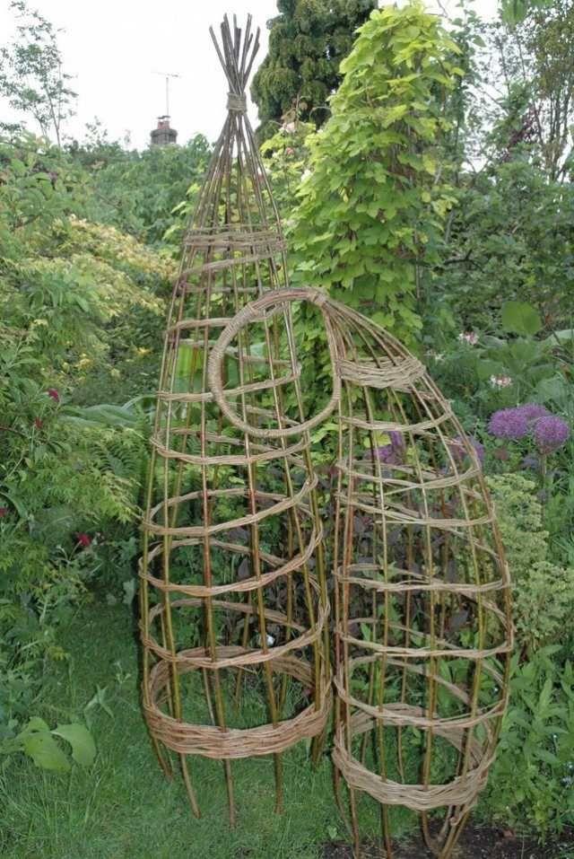 garten skulpturen und klettergerüst für pflanzen-gartendesign idee-weidenwerk