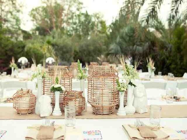 Rustic Garden Wedding Party Theme Ideas 19