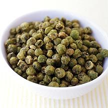 These Roasted Peas with Wasabi are softer than true wasabi peas but they're still a great fix for snack attacks. Turn up the heat with an extra sprinkle of wasabi powder. #recipe #WWLoves