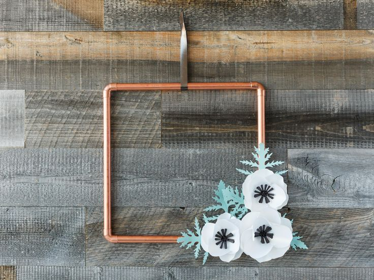 Copper flower wreath. Make It Now with the Cricut Explore machine in Cricut Design Space.