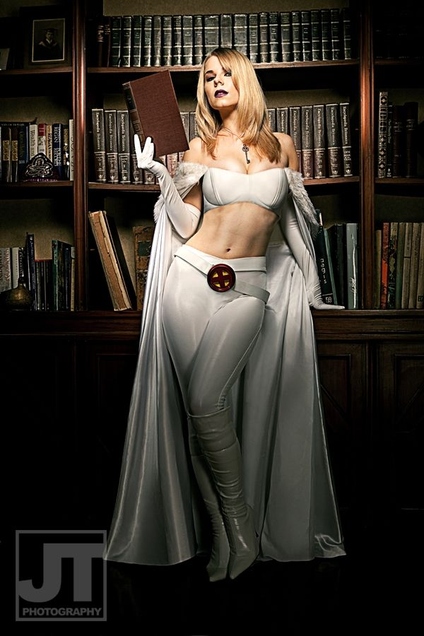 Emma Frost (aka The White Queen) cosplay by Kirja Parcell | Photo by: Jay Tablante
