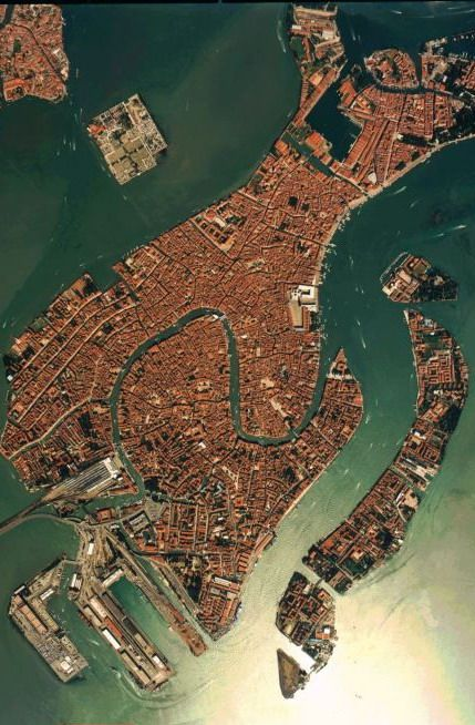 #Venice - #Italy http://en.directrooms.com/hotels/subregion/2-31-182/