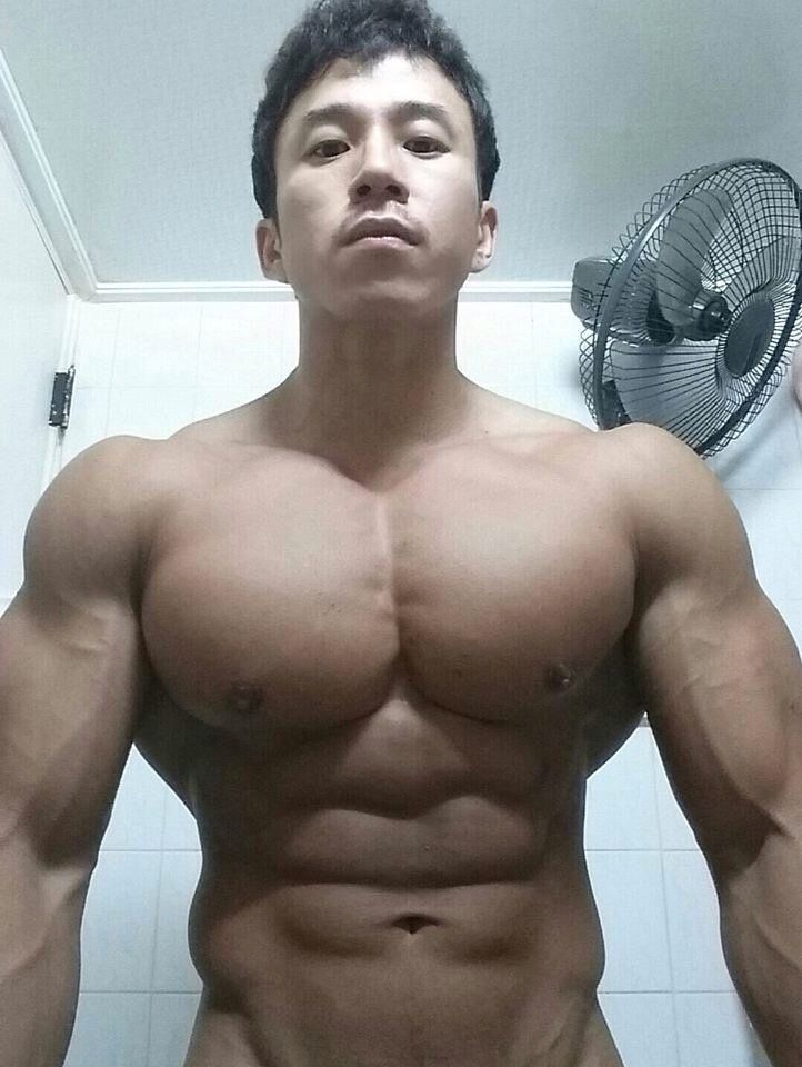 Asian male muscle zo!&nbsp