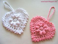 Romantic Heart with tutorial  @Connie Hamon Brzowski Hamon Brzowski Tate  - maybe for a hat too