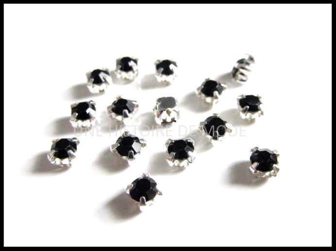 15 petits strass sertis noir à coudre 4 mm / strass à coudre
