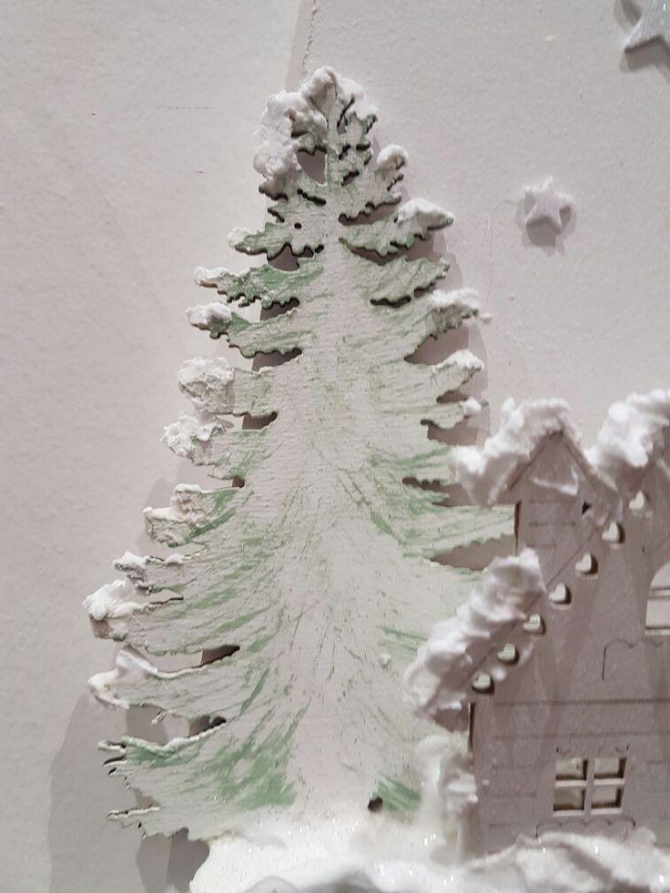 Un particolar del legno dipinto a mano con la tecnica shabby!!!! Incantevole non credete? Seguitecci sulla nostra pagina facebook: il baule dei sogni!