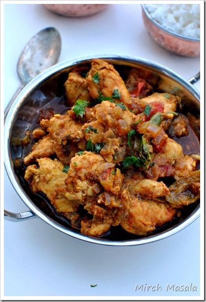 Punjabi Chicken Curry. Amazing website, too. (via Mirch Masala)