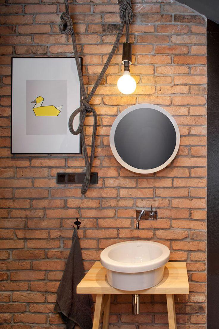 Deco In Freigelegten Balken Und Ziegeln In Einem Loft In Polen Ausgesetzt Loft Wohnung Wohnung Schone Wohnungen