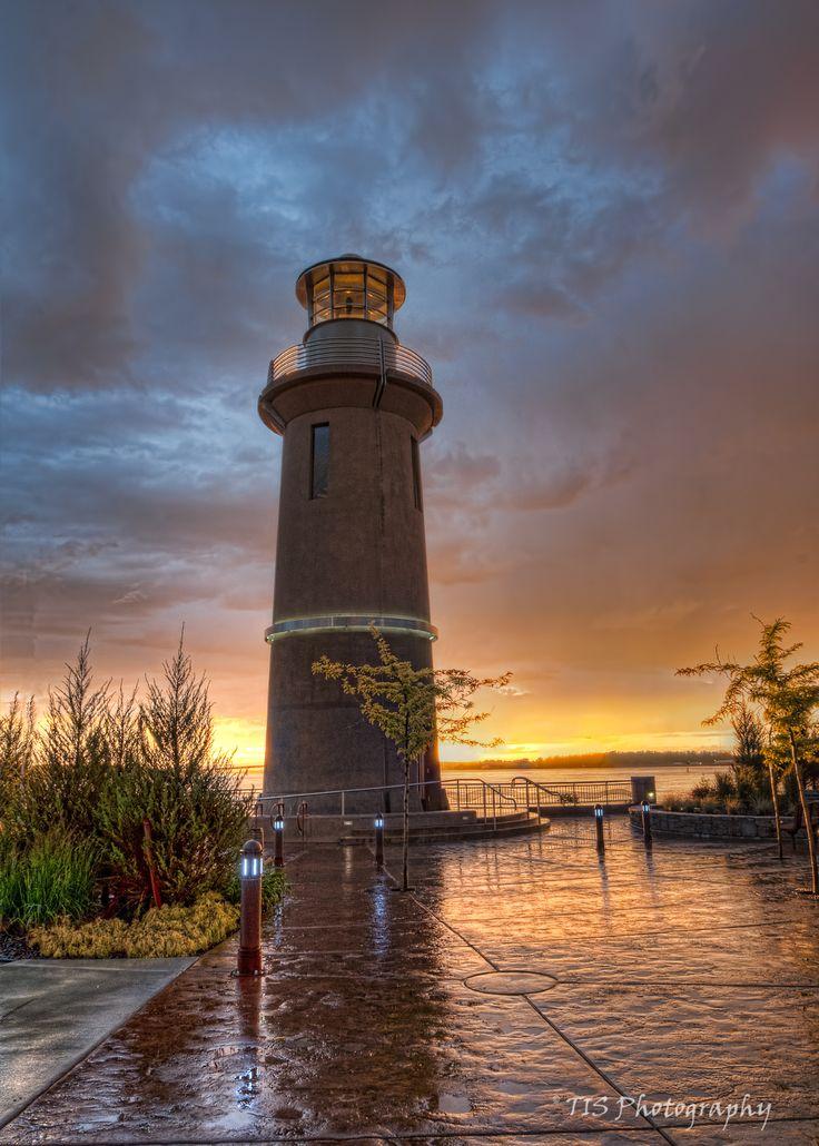 Richard Tisdale - Clover Island Lighthouse - Kennewick, Washington