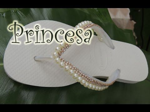 Chinelo decorado - Manta de strass e pérola - YouTube