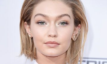 Gigi Hadid Sports A Faux Bob At The American Music Awards